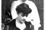 Veatch sisters Caroline Veatch, in back, with sister Della Evans